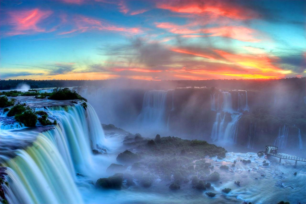 Iguazu-Sunset-WishandFly-vuelos-viaje-sorpresa