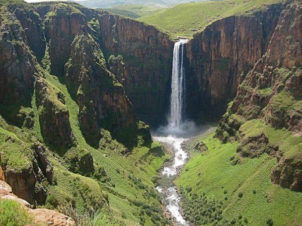 Maletsunyane-–-Lesotho-creative-commons-cascada