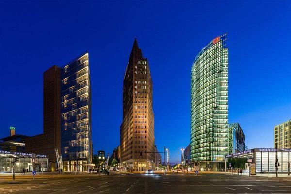 Postdamer-Platz-berlin-paseo-edificios