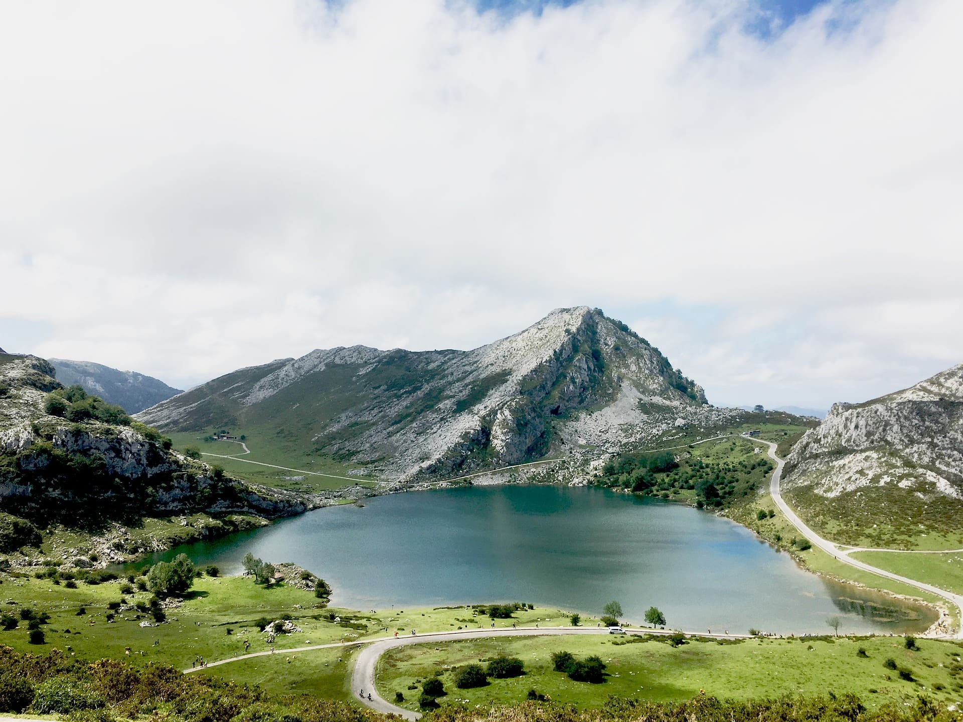 Lagos Covadonga viaje sorpresa wish&Fly