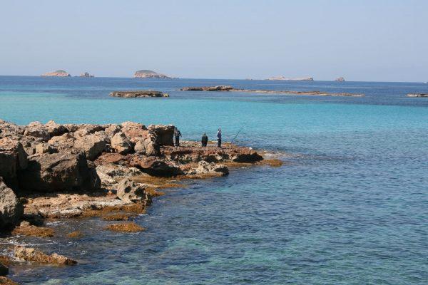 mar-ibiza-bano-playa-viaje-sin-conocer-destino