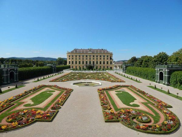 schoenbrunn-jardin-viena