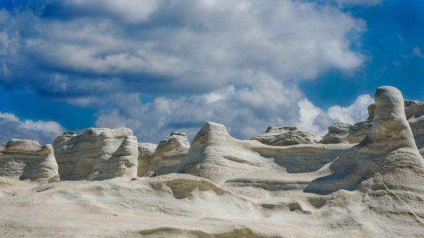 tsigrado-grecia-rocas-beach