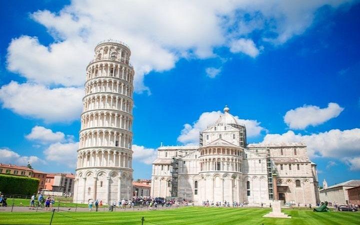 Pisa Überraschungsziel Wish&Fly. Überraschungsreise.